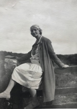Photo of Linnea in 1931